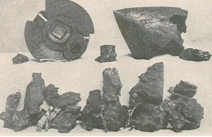 Pedaços de uma das granadas que caiu na Canada do Pilar,  Ilustração Portuguesa n.º 600