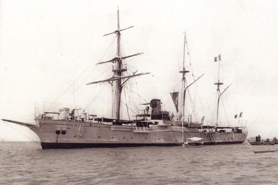 """Canhoneira francesa """"La Surprise"""". Afundada na Baía do Funchal a 3 de Dezembro de 1916, pelo U38"""
